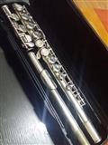 Shitet Flauta 150 euro