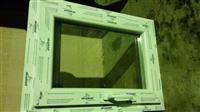 Dritare e plastikes