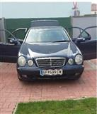 Mercedes e 220  -01