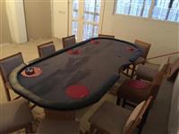 Shes tavolinen per poker