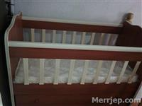 Shes shtratin per femije i paperdorur - 110 €