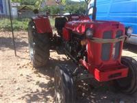 shitet traktorri 58