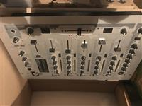 Dj mixer- jb system beat