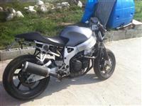 Motorrciklete Honda CBR 900