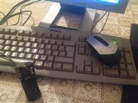 Shitet PC Dell komplet me ekran dhe tavolin