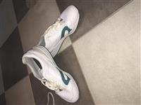 Patika Nike ,Puma