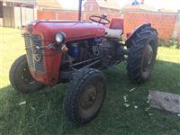 Traktorin imt 533