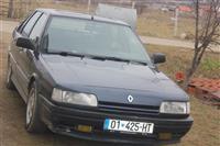 Shes dhe Ndrroi Renault R21