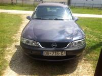 Opel Vectra 1.6 Urgjent -99