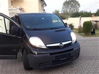 Opel vivara 2007 automatik 2.5