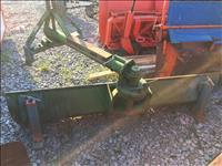 Thik per largimin e bores per traktor