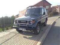 Toyoto Land Cruiser