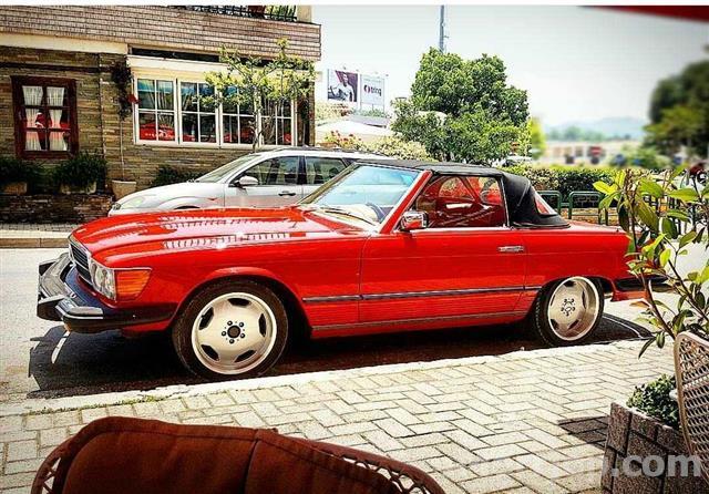 Mercedes-Benz-SL-1977
