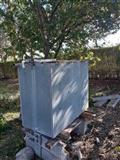 Cisternë uji 800l
