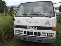 Kamioneta ISUZU