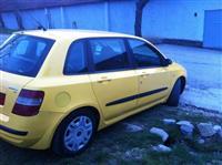 Shitet Fiat Stilo 1.6 Benzin Klim. Rks 9 Muj 2004