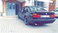 BMW 524