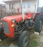 Shitet Traktori IMT 39