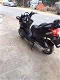 Shitet Skuteri 250cc