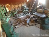 Makina per prodhimin e dyerve dhe dritareve