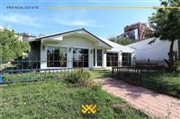 Shtëpi - Lokal 110m² me QIRA në Ulpianë.