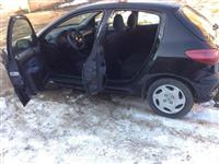 Shitet Urgjent Pezho 206 1.4 Benzin Viti 2000