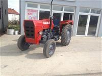 Traktor IMT 542 bllokun pa kris me goma trea