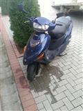 Suzuki AN 125  viti 2001