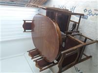 Tavoline e bukes me karrika