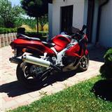 Shes motor Suzuki Hayabuza