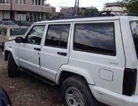 shitet vetura Jeep Cherokee - Sport 4X4