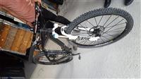 Bicikletë full CARBON ( M-SIZE)