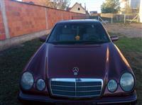 Mercedes E220 Classic