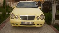 Mercedes 220 -02