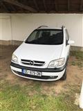 Shitet Opel Zafira 1.8 benzin 2004