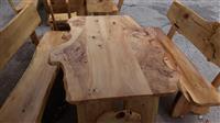 Tavolin druri e re pa perdorur