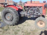 Shitet traktori ose ndrrohet me t4