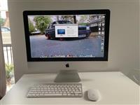 iMac 21.5inch.