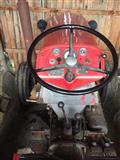 Shes Traktor IMT558