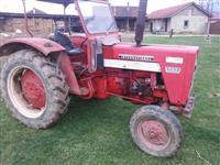 Traktor International 523