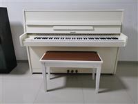 Piano pianino e bardhe Hellas