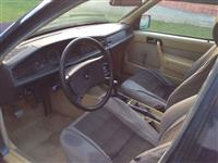 Shes Mercedes 190 diesel viti 85