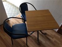 6 tavolina dhe 24 karrika