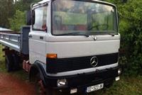Kamion Mercedes 809