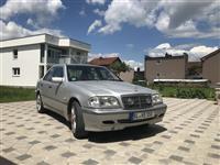 Mercedes Benz C200 2.2CDI