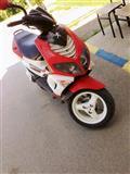Skuter 80 cc
