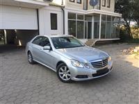 --Mercedes-Benz E220--Bluefficiency