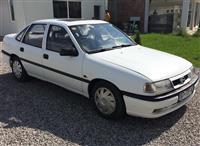 Shitet Opel Vectra 1.7 Diesel