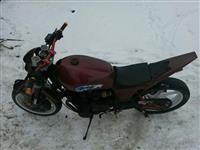 Shitet motorri kawasaki