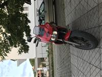 Shitet Yamaha tdm 850 cc